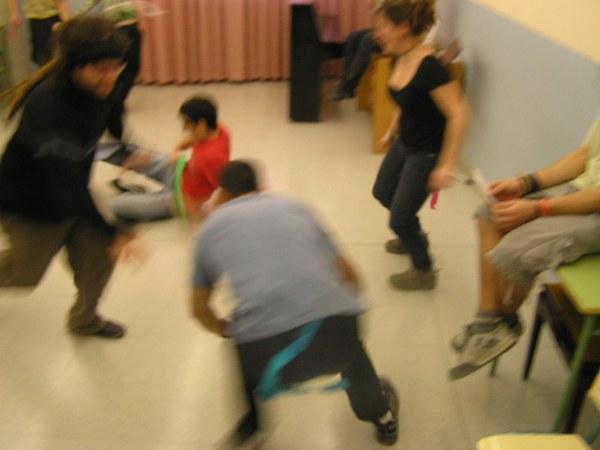 Curs de monitor a Sant Hip�lit. Sessi� de joc. Setmana santa del 2008.